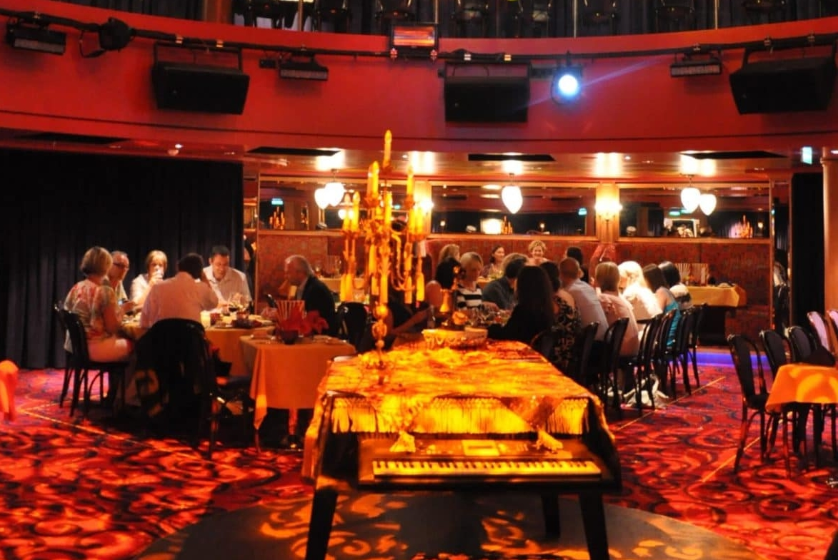 Norwegian Epic Spiegel Tent Dinner show