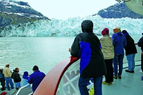 American Safari Cruises Safari Endeavour at glacier