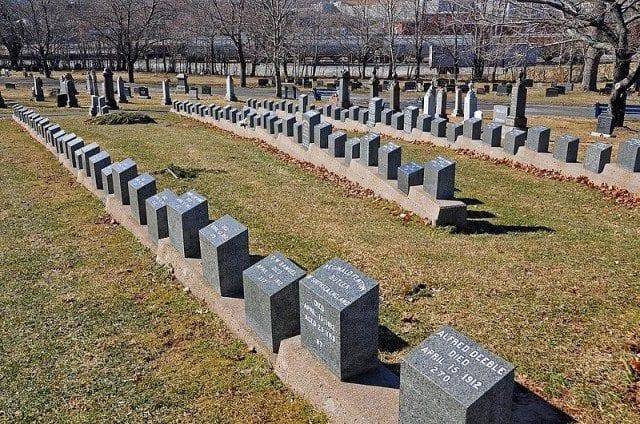 Fairview Cemetary Titanic gravesites Halifax NS
