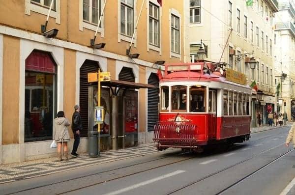 Cable car through Rua Augusta shopping area.