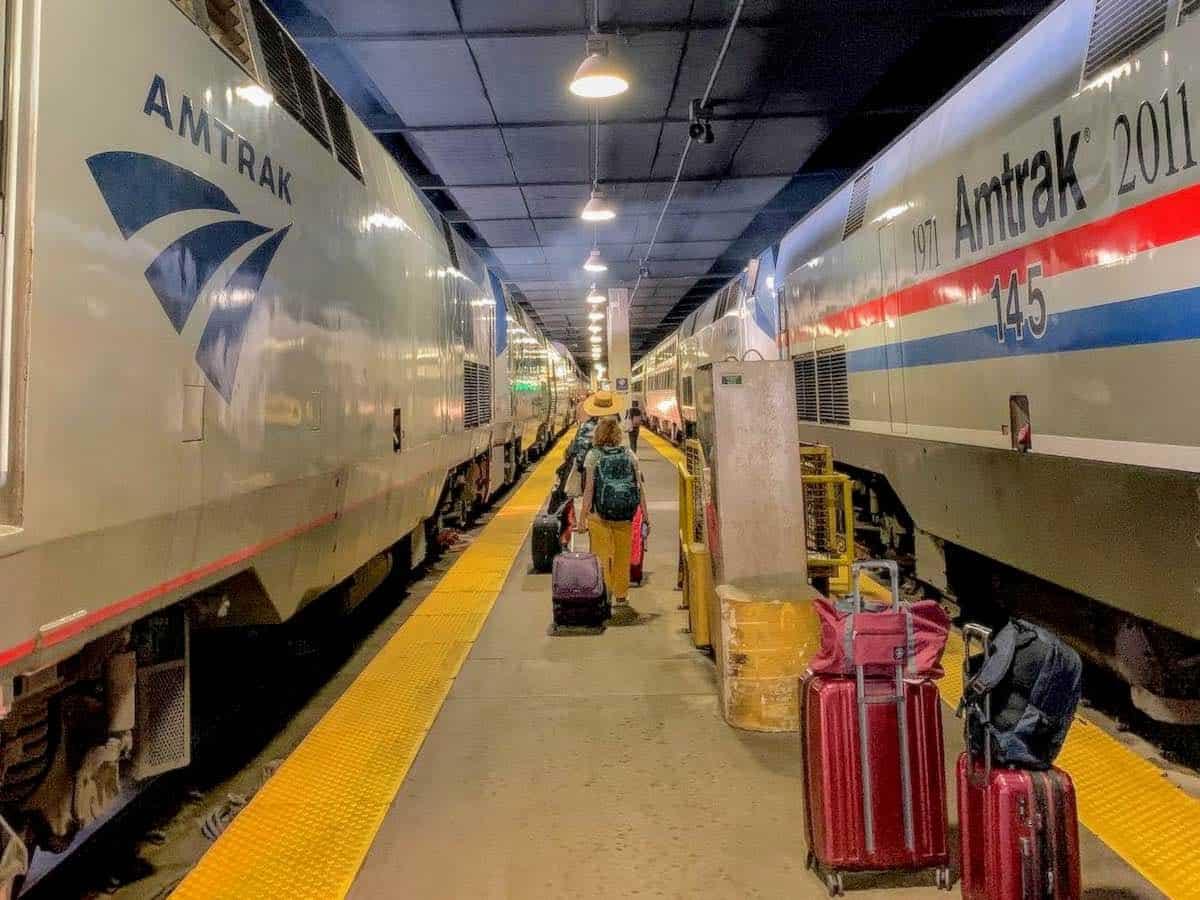 amtrak priority boarding in chicago