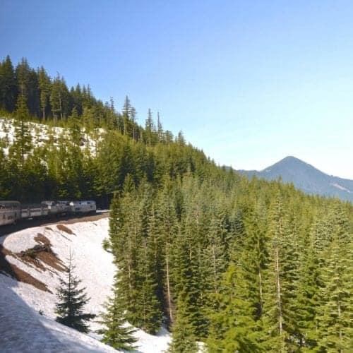 Amtrak Coast Starlight in Oregon mountains