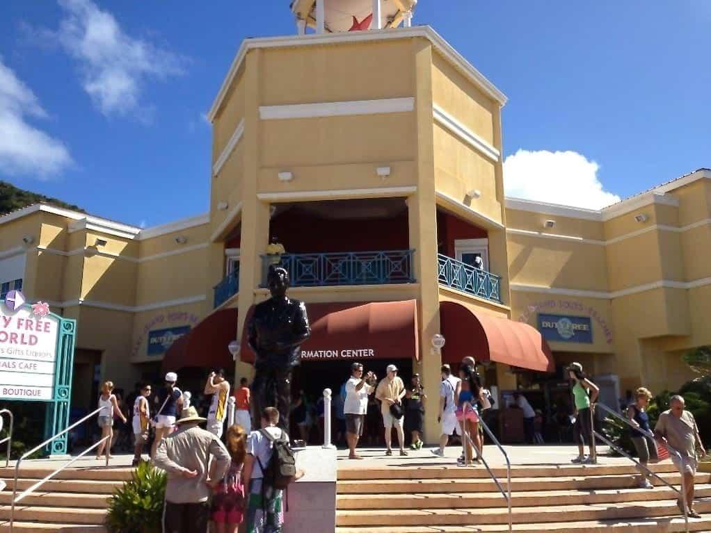 Royal Caribbean returns to St Thomas St. Maarten