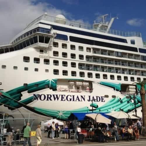 Norwegian Jade docks in Menorca, Spain