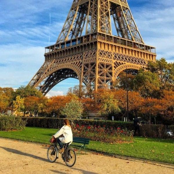 Friday Photo – An Autumn Afternoon Walk in Paris