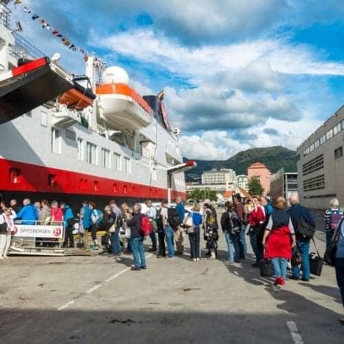 Boarding MS Spitsbergen expedition-stlye.