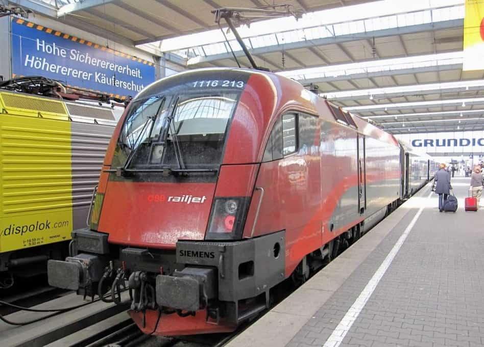 German Railjet train to Budapest