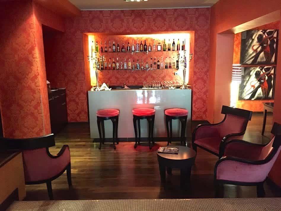 Hotel Fiume Bar in Piazza Fiume Roma