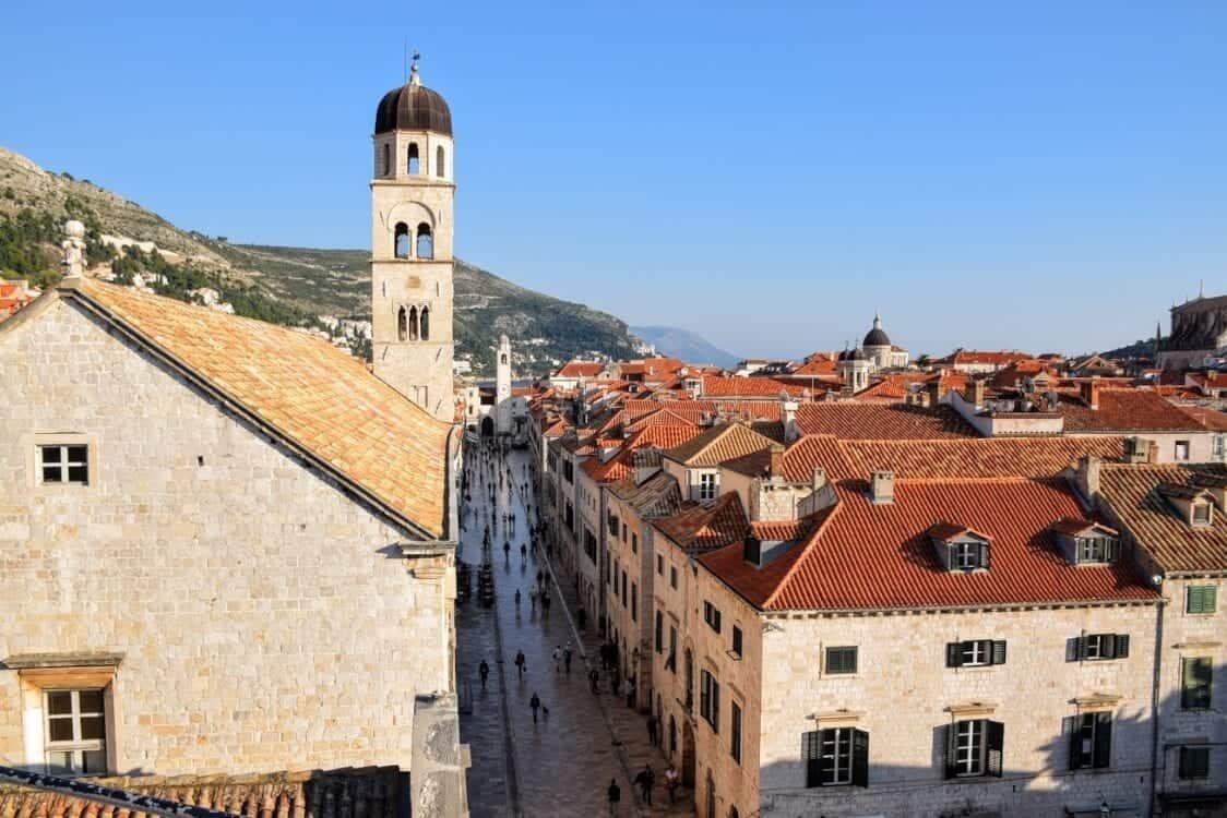 Dubrovnik Placa shopping promenade.