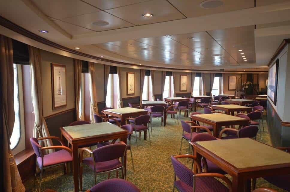 queen-mary-2-atlantic-room