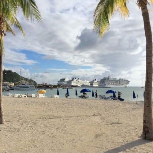 Beach in Phillipsburg St Maarten