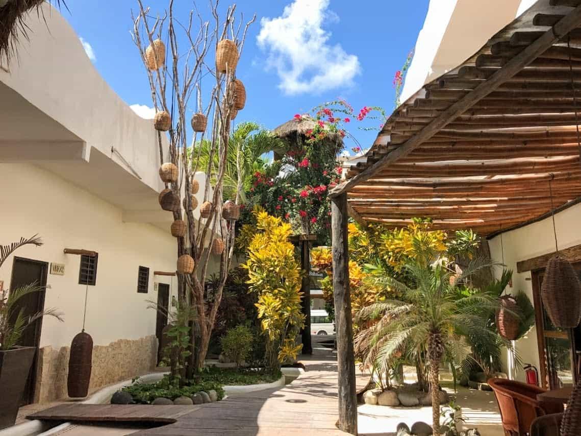 40 Canons breezeway Costa Maya