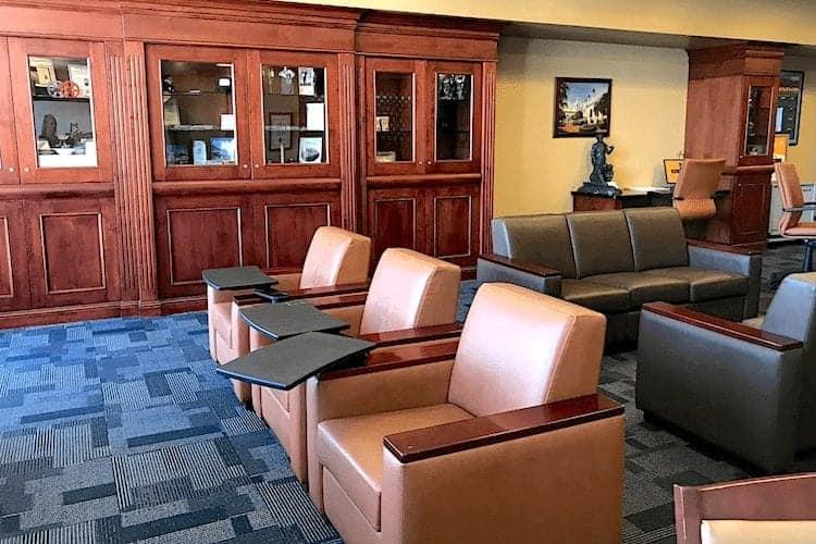 Los Angeles Union Station Metropolian Lounge