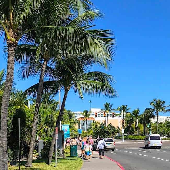 Paradise Island: How To Go To Atlantis And Paradise Island From Nassau