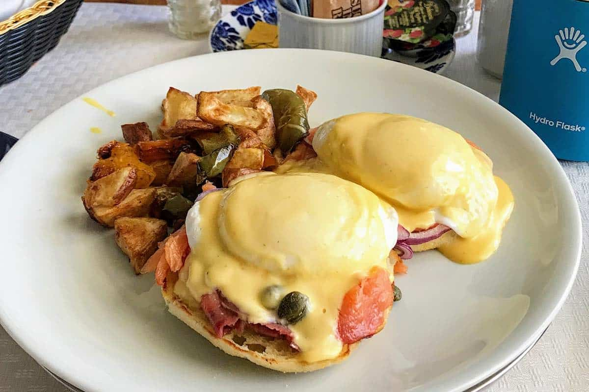 Room service breakfast aboard Nieuw Statendam