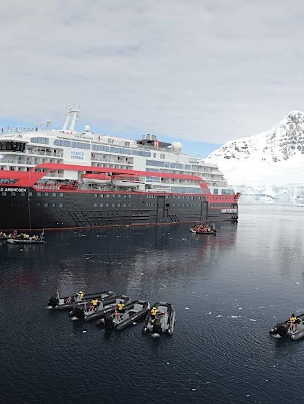 Hurtigruten Roald Amundsen Naming Antarctica