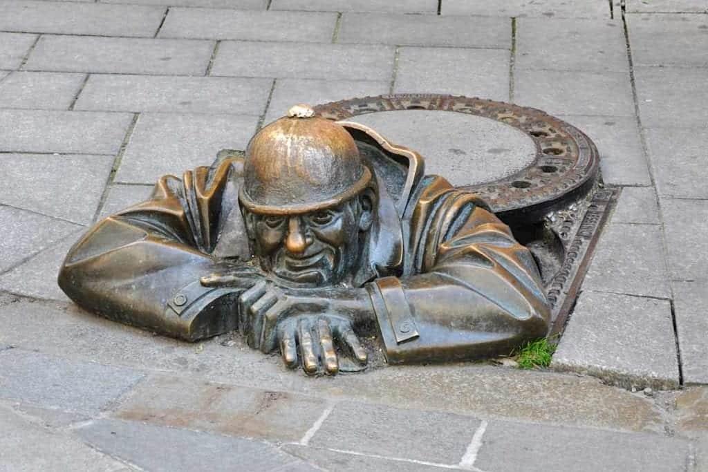 Bratislava Bronze Cumil