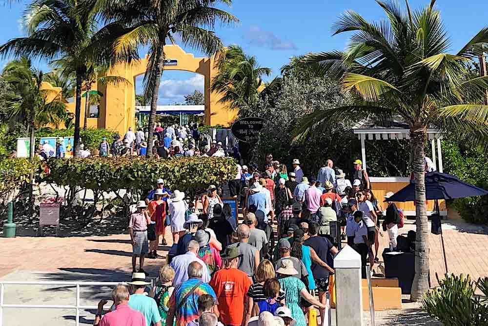 Half Moon Cay Bahamas Entrance crowds