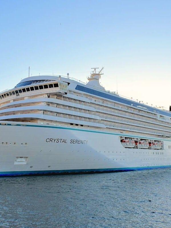 Crystal Cruises Serenity docked