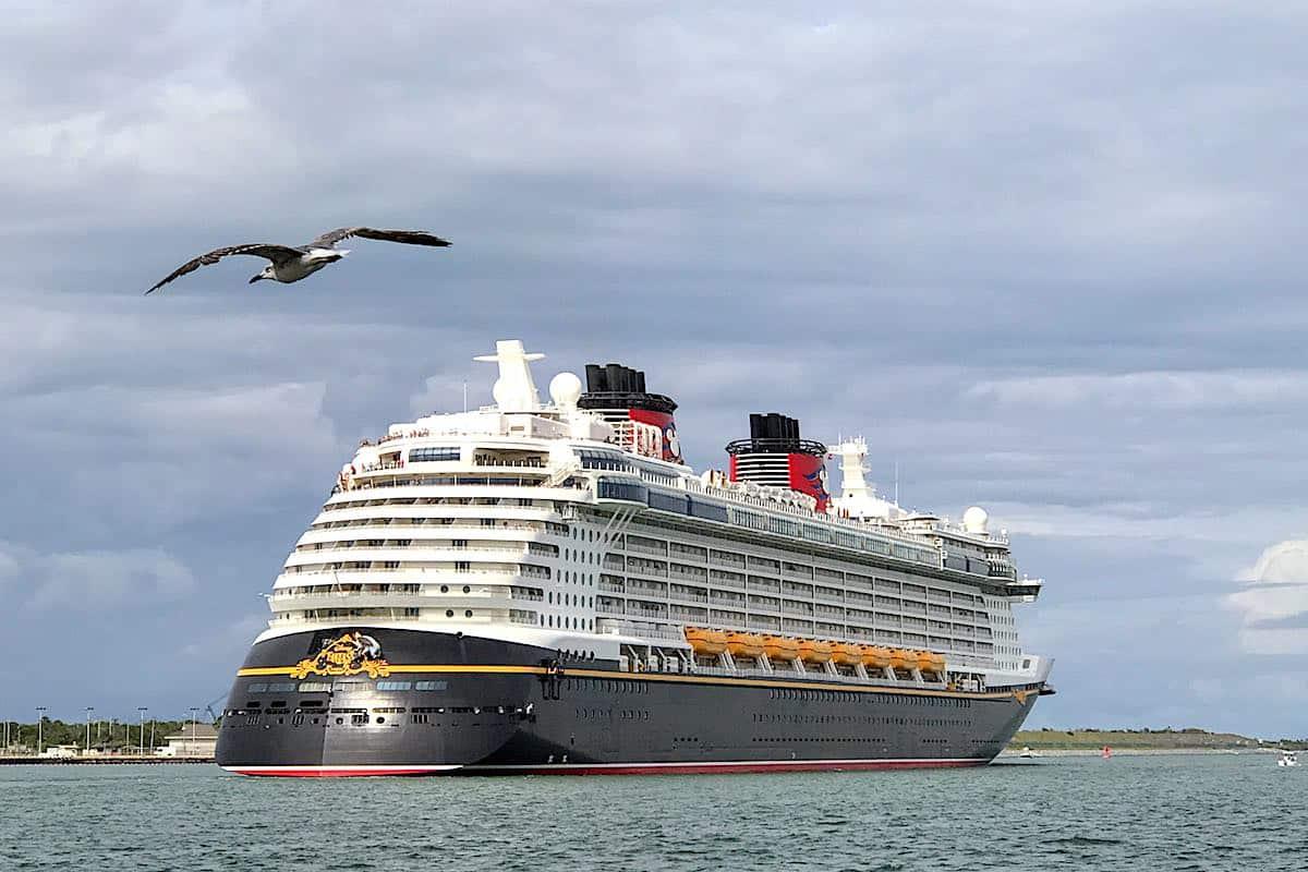Disney Fantasy leaving Port Canaveral